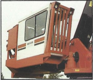 Hood 32000 Loader cab side view